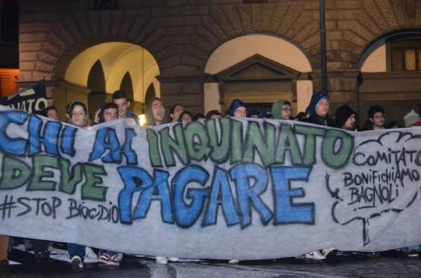 Sara Manisera, Napoli, manifestazione contro biocidio, camorra, rifiuti