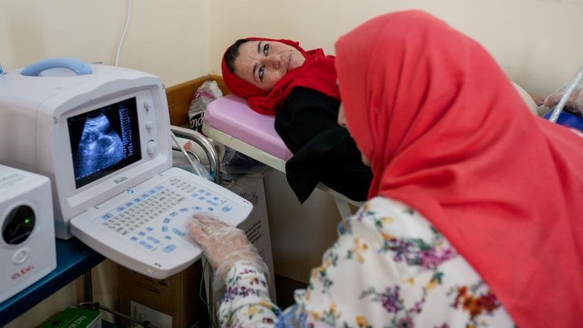 Women, Iraq, mosul, conflict, clinic